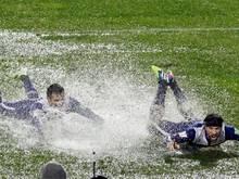Das Spiel zwischen CD Cruz Azul und denWestern Sydney Wanderers versank im Regen