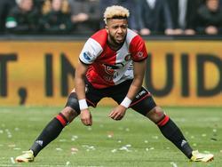 Tonny Vilhena heeft het moeilijk tijdens het competitieduel Feyenoord - FC Utrecht (16-04-2017).