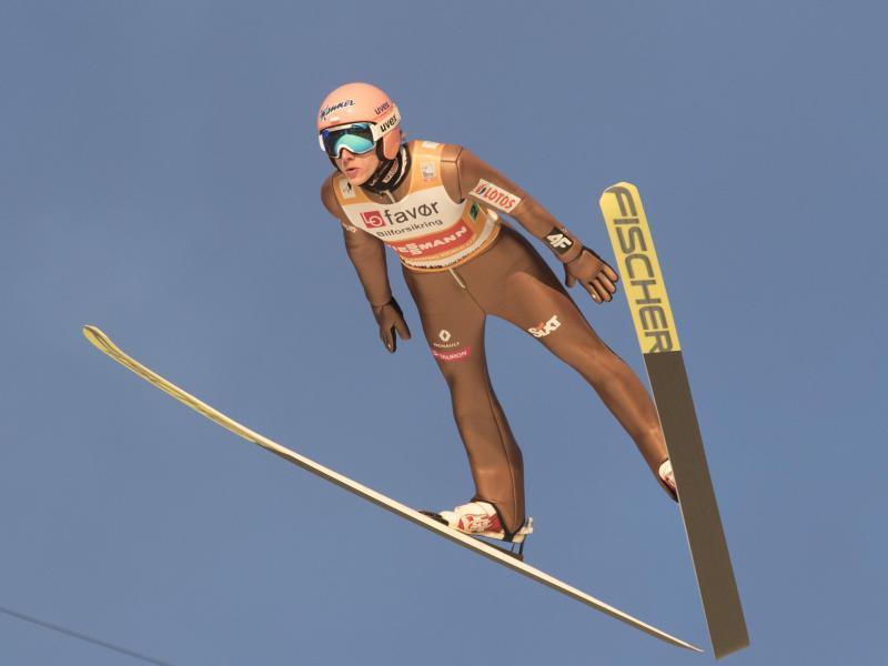 Dawid Kubacki hat auch den zweiten Wettbewerb des FIS Sommer Grand Prix gewonnen